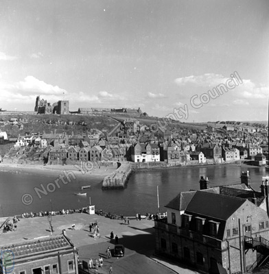 Whitby, East Cliff